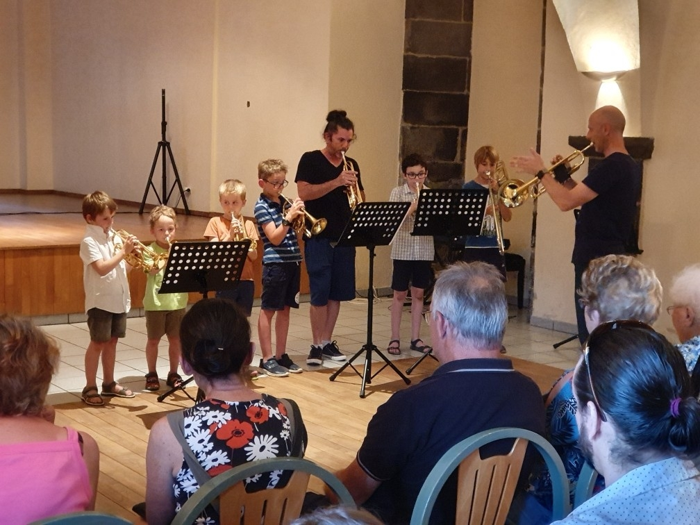 avec trompettes & trombone
